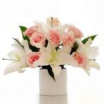 Cách cắm hoa để bàn