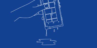5 bước giải cứu điện thoại bị rơi vào nước