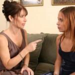 Giải quyết xung đột giữa mẹ và con gái