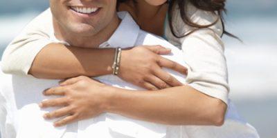 """4 dấu hiệu cho thấy chàng đã """"trót yêu"""" bạn"""