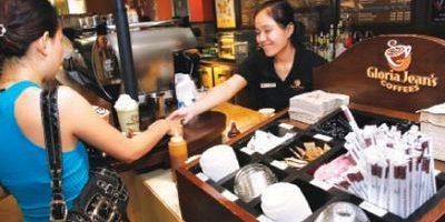 Nhượng quyền cửa hàng cà phê: Thương hiệu VN còn đứng ngoài