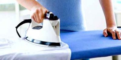 Cách chữa quần áo bị dính sáp nến