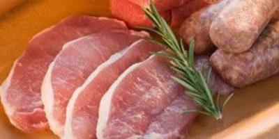 Chọn thịt heo nạt không dính hóa chất