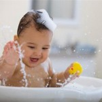 Cách vệ sinh cho bé được sạch và an toàn
