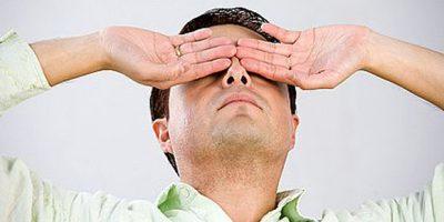 Tự chăm  sóc mắt khi bị mỏi