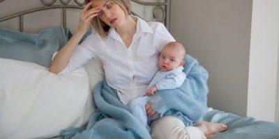 Tuần đầu sau khi sinh cần lưu ý những gì?