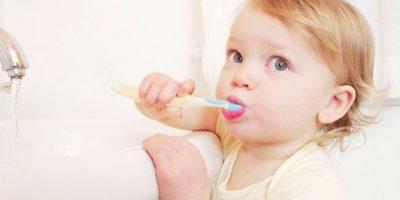 Giúp bé chống lại cơn đau răng