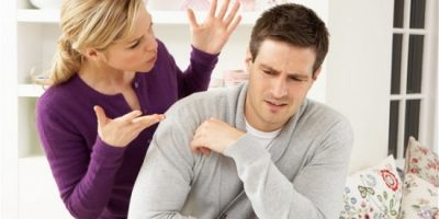 Những câu nói làm tổn thương quan hệ vợ chồng