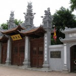 Viếng Đình Kim Liên ở Hà Nội