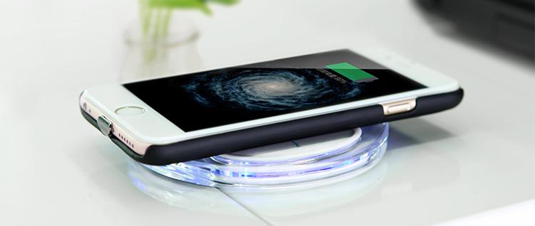 Sạc pin iPhone không dây độc đáo dành cho iPhone 6