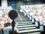 Tự tin làm chủ cảm xúc khi thuyết trình