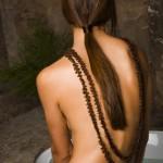 Chăm sóc cho tấm lưng trần đẹp không tỳ vết