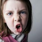 Làm gì khi trẻ quá ranh mảnh và nghich ngợm