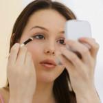 Để chải mascara được đẹp và tự nhiên hơn
