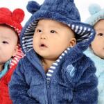 Tránh nguy hiểm khi mặc đồ đông cho bé