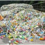 Kiếm hàng triệu USD nhờ chai nhựa tái chế