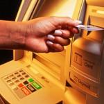 Tắc nghẽn ATM vào dịp Tết Nguyên đán