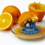 Để chế biến nước cam không bị đắng
