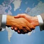 Học cách bắt tay khi giao tiếp