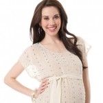 Chọn trang phục phù hợp và đẹp khi mang thai