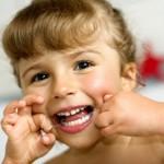 Điều cần làm khi bé thay răng