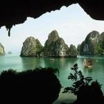 Tham quan quần thể cảnh quan xinh đẹp của vịnh Hạ Long